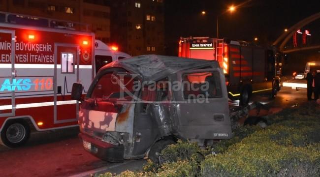 Bayraklı'daki zincirleme kazada 2'si ağır 3 yaralı