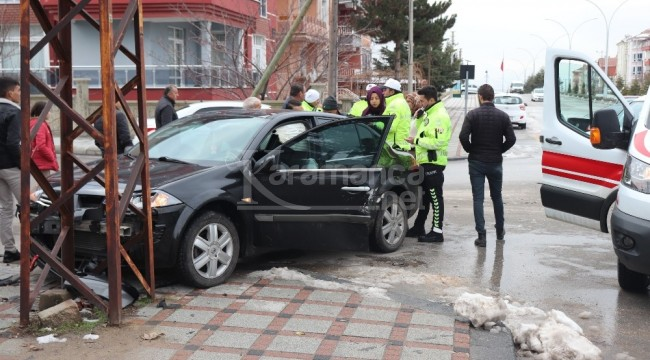 Karaman'daki otomobille hafif ticari araç kazasında 1 yaralı