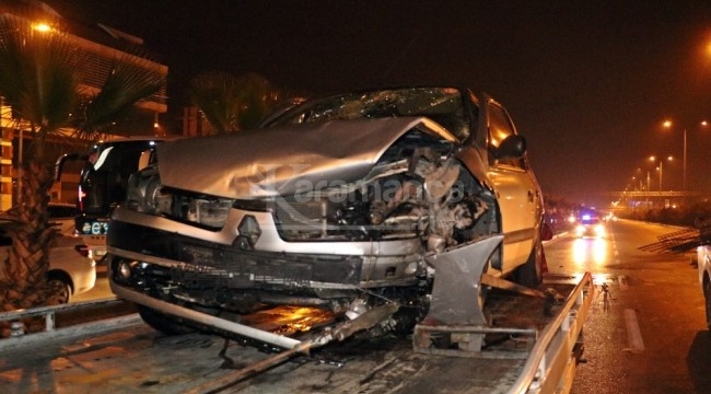 Muratpaşa'da araçlar bir birine girdi 8 yaralı