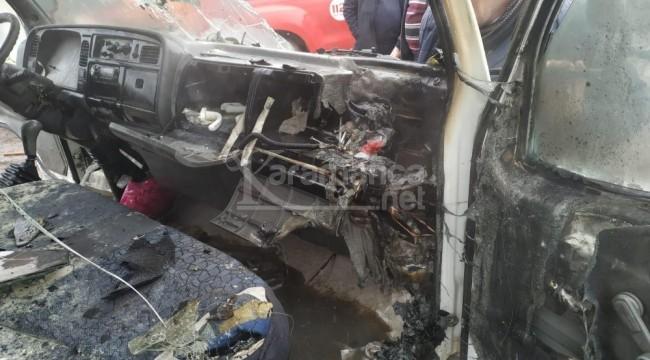 Karaman'da park halindeki kamyonet yandı