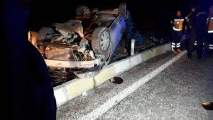 Tavas'ta otobüs ile otomobilin karıştığı kazada 3 ölü, 2 yaralı