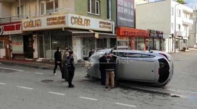 Vefa Destek Grubu boş sokakta kaza yaptı