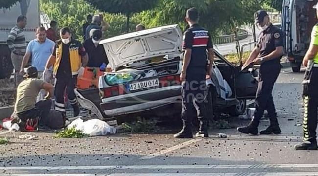Takla atan araçtaki 2'i kadın 3 kişi öldü