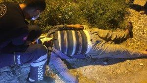 Traktörün altında kalan Seçkin Kısa yaralandı