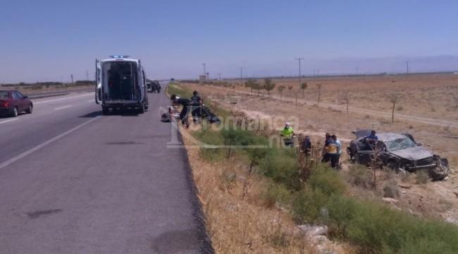 Karapınar'da şarampole uçan otomobilde 5 kişi yaralandı