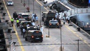 2 kamyon eşya 500 valizle Bodrum'a tatile geldiler