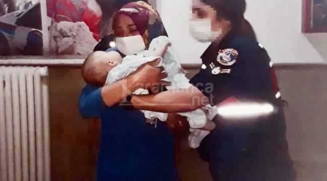 Babasının kaçırdığı bebek eve yapılan baskında bulundu