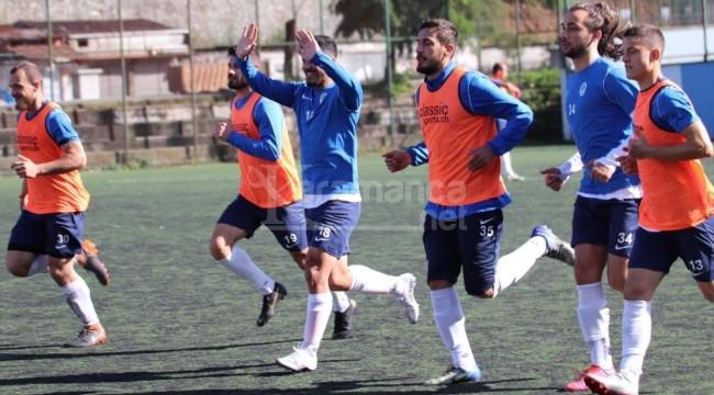Pazarspor'da 12 futbolcu ve 1 antrenörde korona virüs çıktı