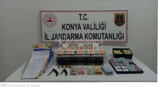 Kadınhanı'nda jandarmadan kısıtlamada kumar operasyonu