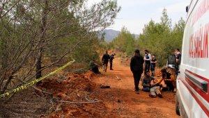 Erkek hemşire ormanda ağaca asılı halde ölü bulundu