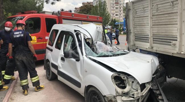 Kamyona çarpan aracın sürücüsü Ahmet Keskin öldü