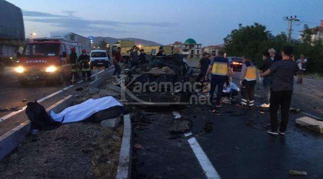 Otomobil ile kamyonun çarpıştığı kazada 2 ölü, 1 yaralı