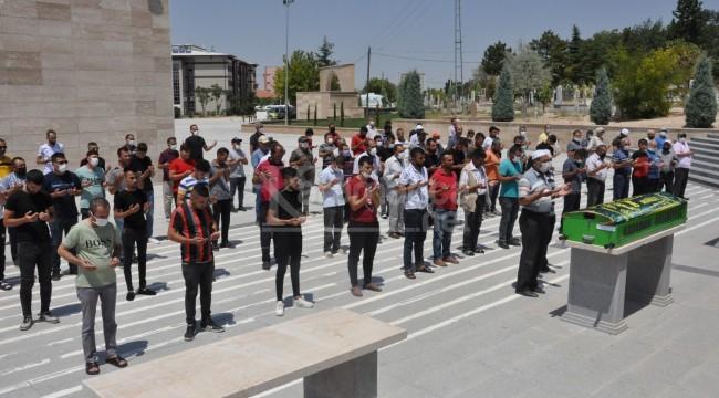 Karaman'daki kavgada hayatını kaybeden şahıs toprağa verildi
