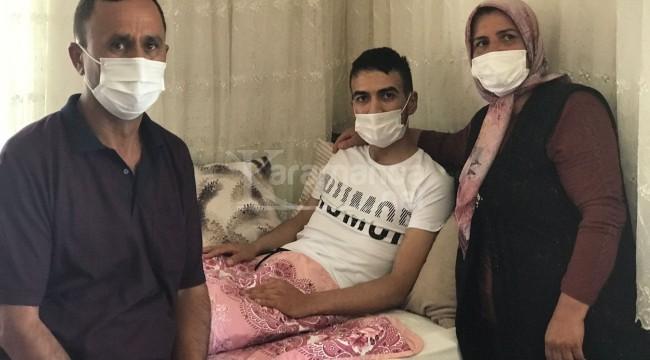 Harekat bölgesinde gazi olan asker baba evinde