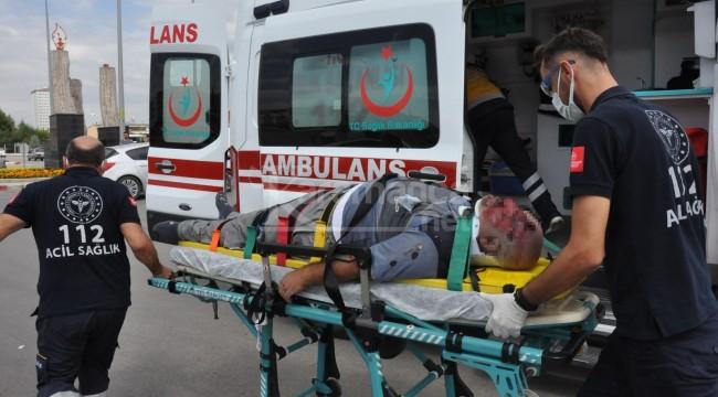 Karaman'da otomobil ile çarpışan motosikletin sürücüsü ağır yaralandı