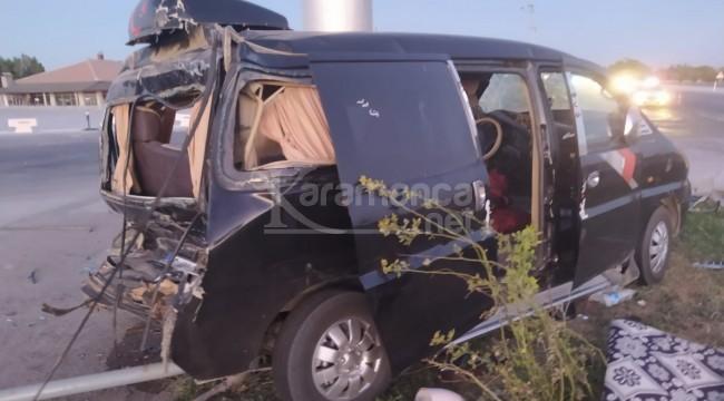 TIR minibüse arkadan çarptı 6 yaralı