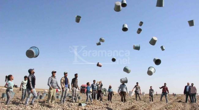 Karaman'da patates hasadı kova fırlatmayla başladı