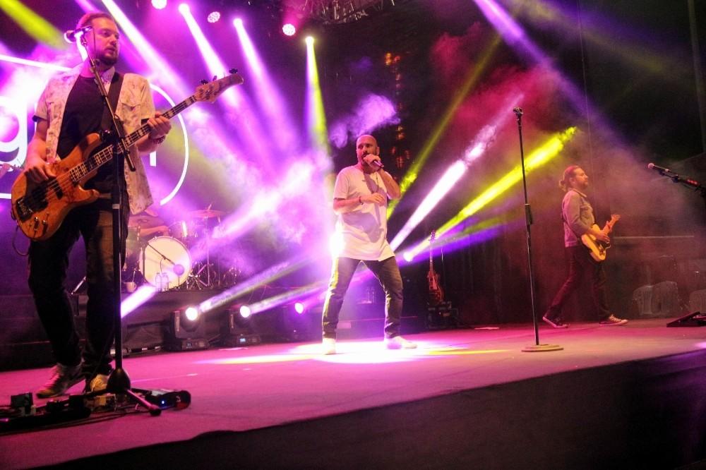 Fasl-ı Şahane'de Gripin konseri