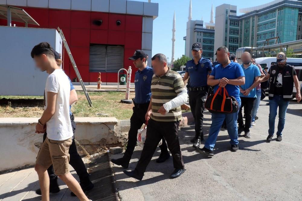 Kripto para dolandırıcılarına eş zamanlı operasyon: 19 gözaltı