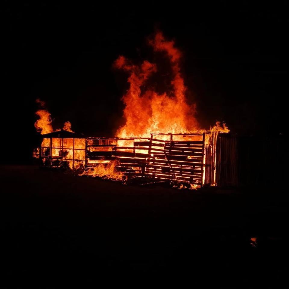 Elazığ'da odunluk yangını