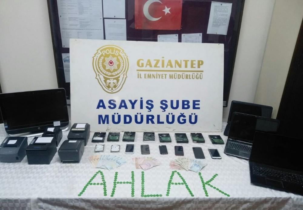 Gaziantep'te yasa dışı bahis operasyonu: 12 gözaltı