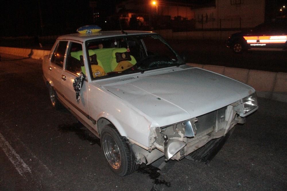 Otomobilin çarptığı anneanne öldü, torunu ağır yaralandı