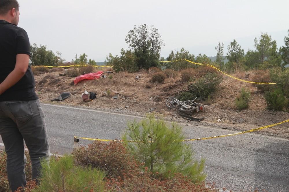 Kamyonun çarptığı motosiklet sürücüsü hayatını kaybetti