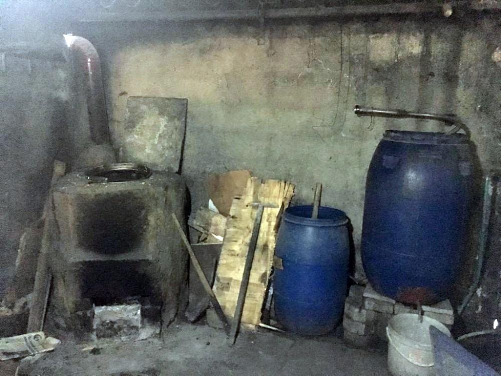 Tekirdağ'da bidon bidon kaçak içki ele geçirildi