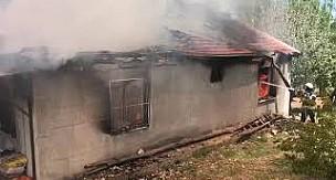 Karaman'da köydeki yangında ev küle döndü