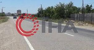 Karaman'da otomobil çöp konteynerine böyle çarptı